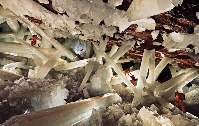 Storie_Immaginaria_Realtà_speleologia_grotta_cristalli