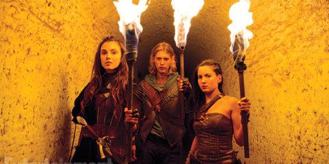 da sinistra: Amberle (Poppy Drayton), Will Ohmsford (Austin Butler) ed Eretria (Ivana Baquero)