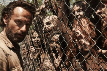 the-walking-dead-terrorized-by-plague-of-zombies-in-new-trailers